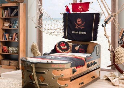 кровать корабль черный пират чилек