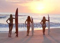 Фотообои Девушки-серфингистки