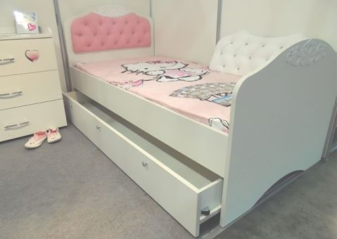 Кровать Принцесса Адвеста с высоким изножьем